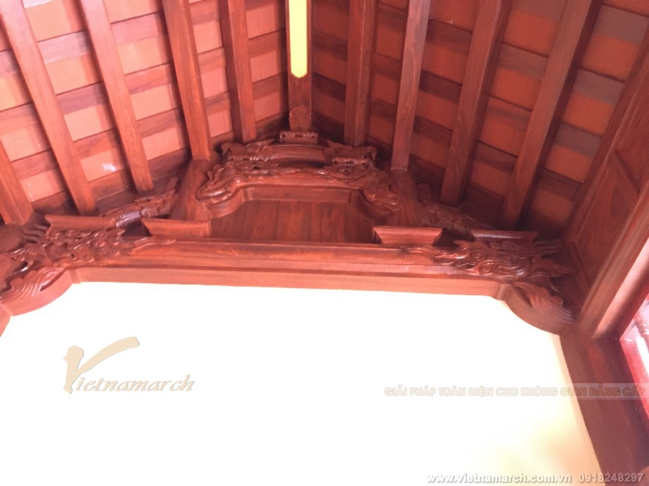 Nhà thờ họ bê tông giả gỗ 3 gian với kiến trúc nội thất truyền thống