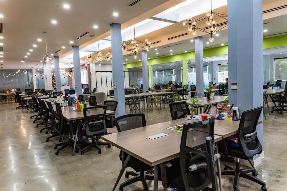 Không gian làm việc chung, làm việc nhóm... tại UP Coworking space Bách Khoa HCM