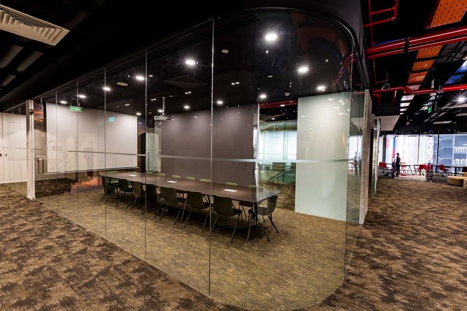 Phòng họp tại UP Coworking space Bách Khoa HCM