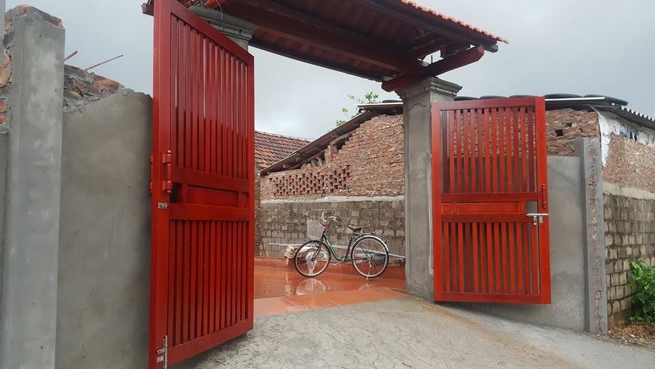 Cổng nhà gỗ đẹp phong cách hiện đại, đơn giản