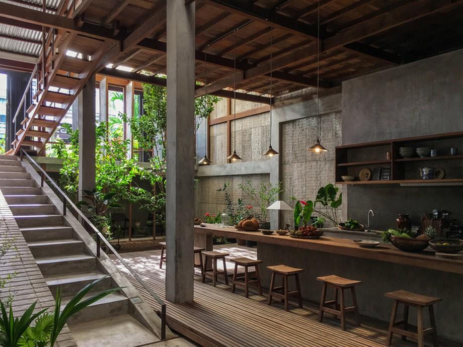 Ngôi nhà gỗ đẹp nhất An Giang được làm từ những vật liệu chính là gỗ, tôn, cói...