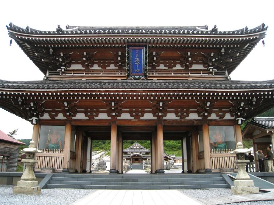 Cổng chùa Bodai ji Nhật Bản 2 tầng hoành tráng