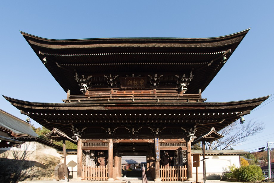 Cổng chùa Nhật Bản Sanmon đẹp