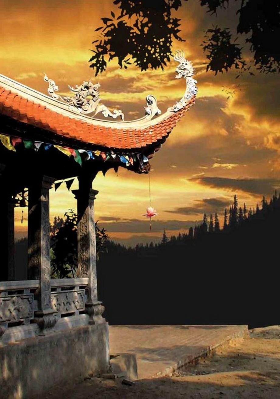 """Mái chùa đẹpđượclàm theo phương pháp """"tàu đao lá mái"""""""