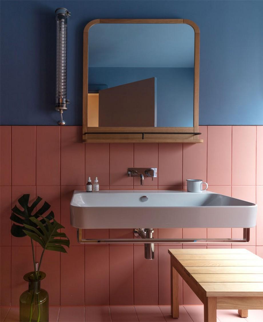 Thiết kế nội thất phòng tắm với 2 mảng màu sặc sỡ thú vị