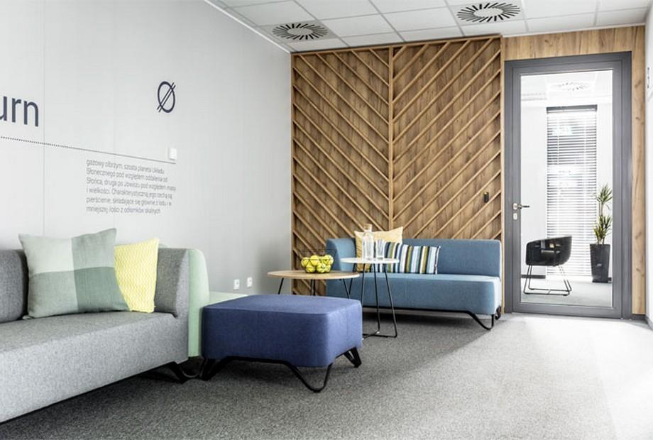 Thiết kế nội thất văn phòng tại Ba Lan với nội thất các gam màu pastel dịu nhẹ