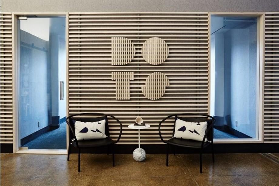 Thiết kế nội thất văn phòng theo phong cách Scandinavian ở khu vực lối đi