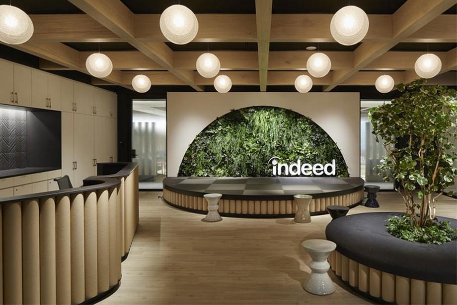 Ý tưởng trang trí nội thất văn phòng xanh khu vực sảnh, lễ tân