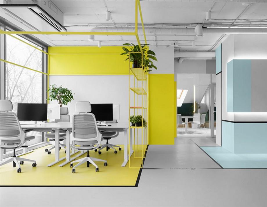 Ý tưởng trang trí nội thất văn phòng với tông màu nổi bật cùng các đường điều hướng phía dưới sàn