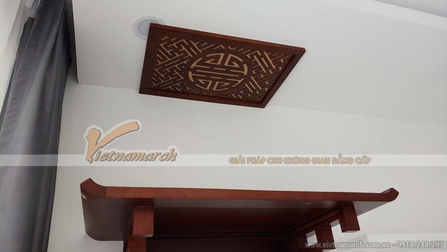 Bán bàn thờ treo tường BTT 02 cho chung cư cao cấp Vincom Trần Duy Hưng kèm tấm chắn ám khói gỗ sồi