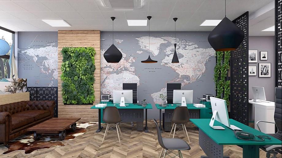 Thiết kế văn phòng du lịch xanh với các bàn tiếp khách cùng bản đồ lớn trang trí tường