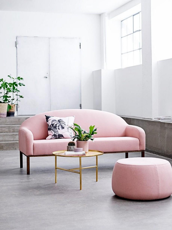 Mẫu ghế sofa đẹp màu hồng nhạt