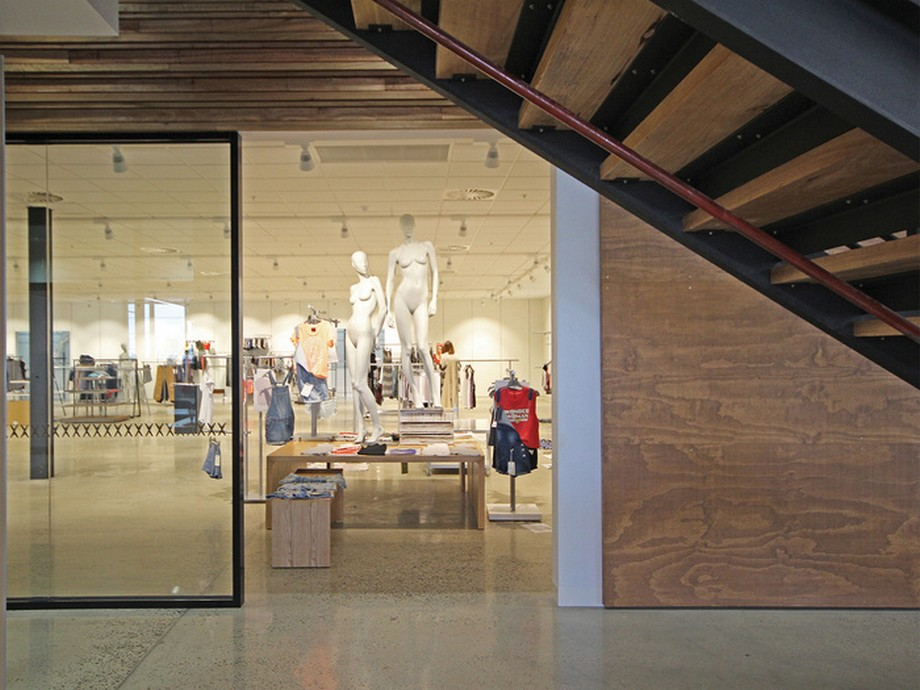 Thiết kế phòng trưng bày sản phẩm tại văn phòng công ty may mặc và thời trang Cotton On ở Úc