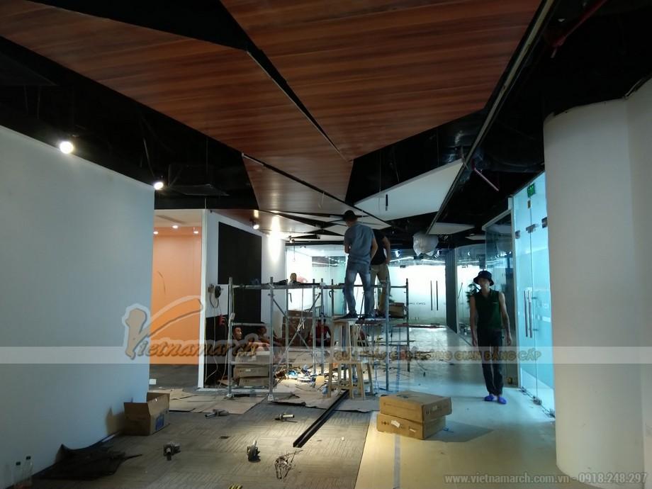 Hình ảnh thi công nội thất văn phòng - không gian làm việc cung coworking space Dolphin