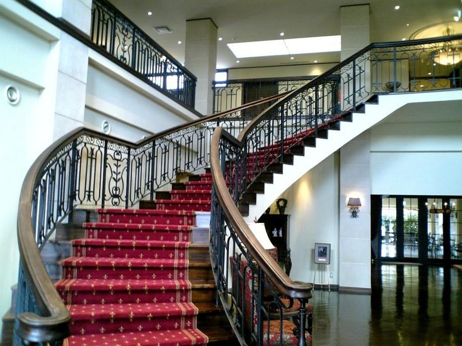Thiết kế cầu thang đẹp cho biệt thự hợp phong thủy với số bậc cầu thang rơi vào cung Sinh