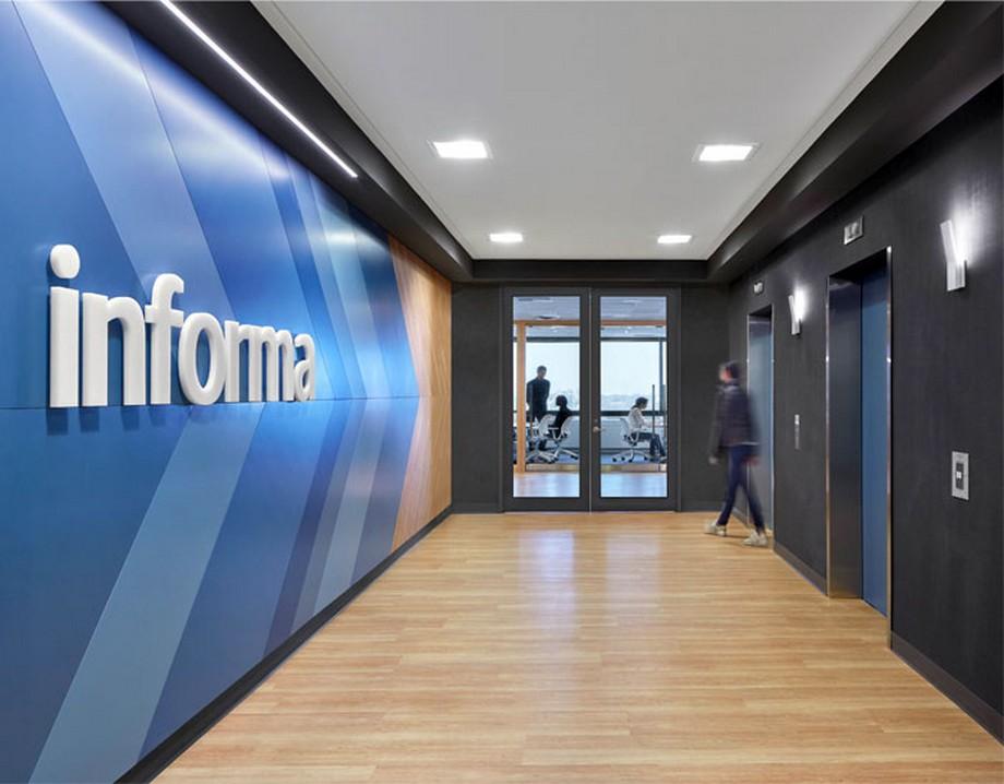 Lối đi văn phòng công nghệ thông tin Informa ở Canada
