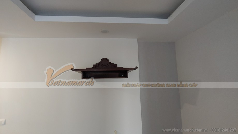 Lắp đặt mẫu bàn thờ treo tường BTT 06 cho chung cư Nguyễn Huy Tưởng