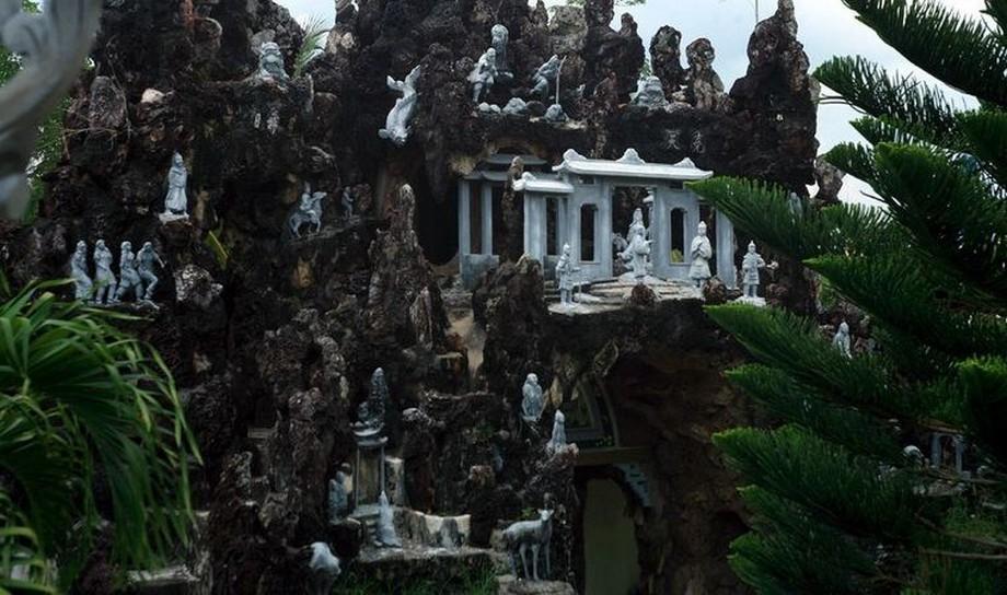 Lăng mộ 3000 cây vàng