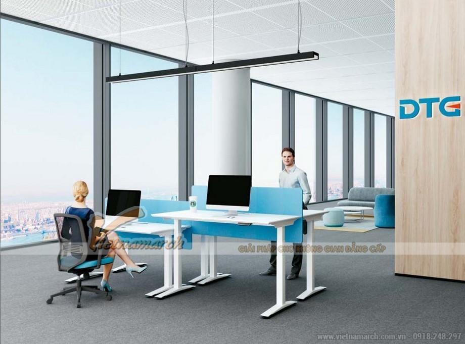 Mẫu bàn làm việc đa năng với chân bàn cao thấp khác nhau ấn tượng cho nội thất văn phòng hiện đại