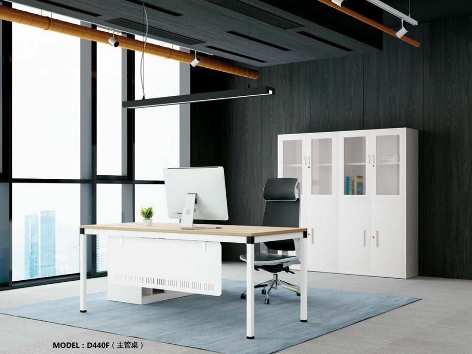 Mẫu bàn làm việc lắp ghép đa năng chắc chắn cho không gian phòng giám đốc màu trắng trẻ trung