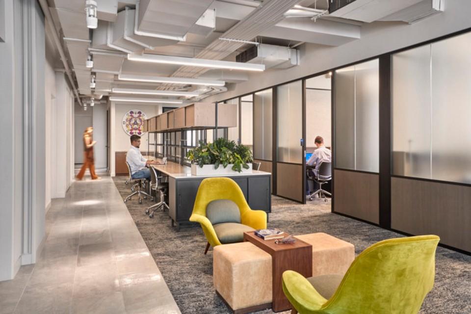 Thiết kế nội thất văn phòng theo phong cách hiện đạitập trung vào sự linh hoạt