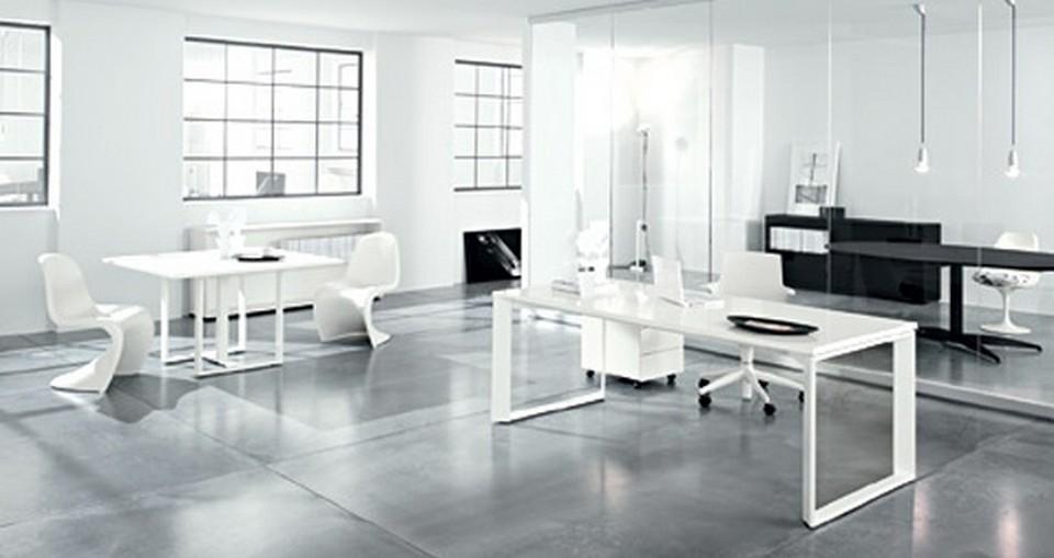 nội thất văn phòng phong cách tối giản thì ánh sáng tự nhiên sẽ luôn được ưu tiên
