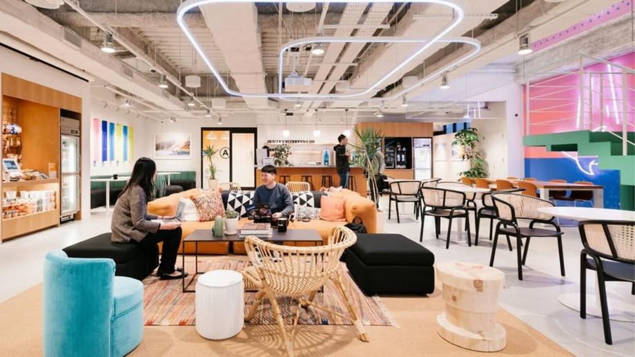 Thiết kế khu vực làm việc cho nhân viên trong văn phòng