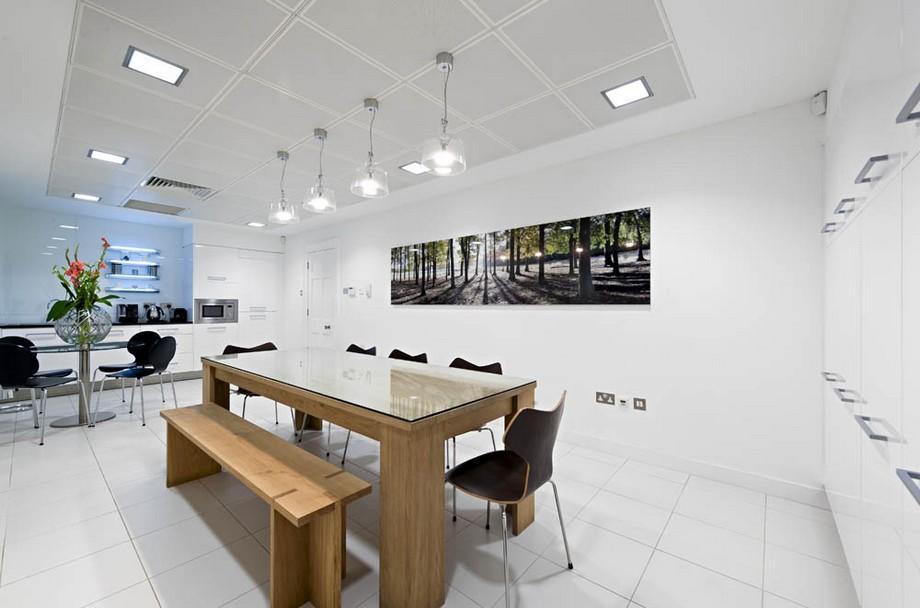 Thiết kế văn phòng cổ điển công ty vận tải ở Anh