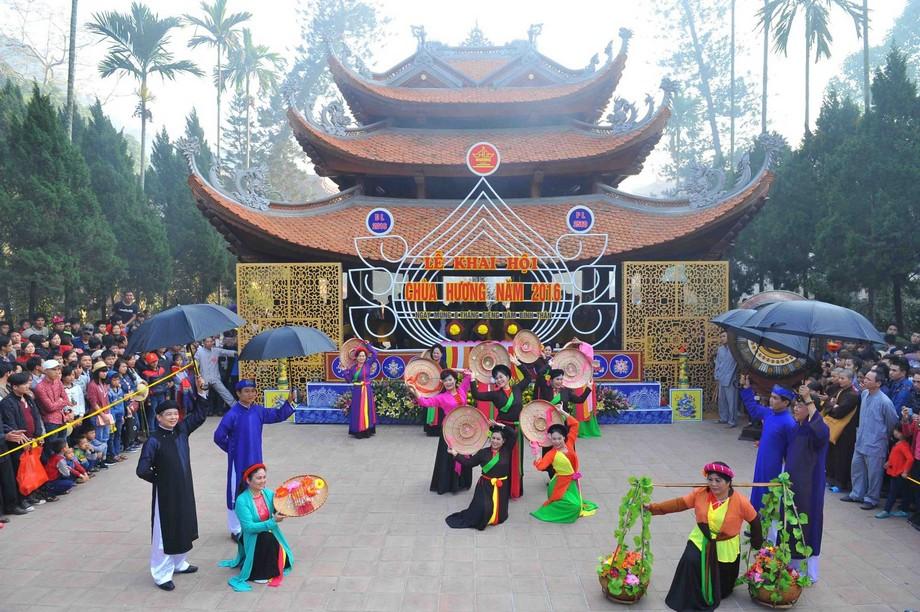 Lễ hội trong tháng 1 Âm lịch