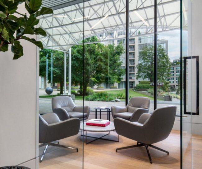 Văn phòng bất động sản với thiết kế hiện đại đẳng cấp