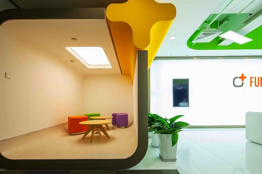 Phòng họp được thiết kế với màu sắc sinh động tươi tắn , ăn khớp từ đầu tới cuối thiết kế mới lạ này.