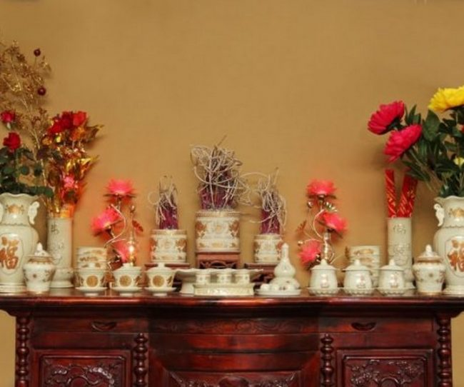 Sắp xếp bàn thờ gia tiên thuận phong thủy