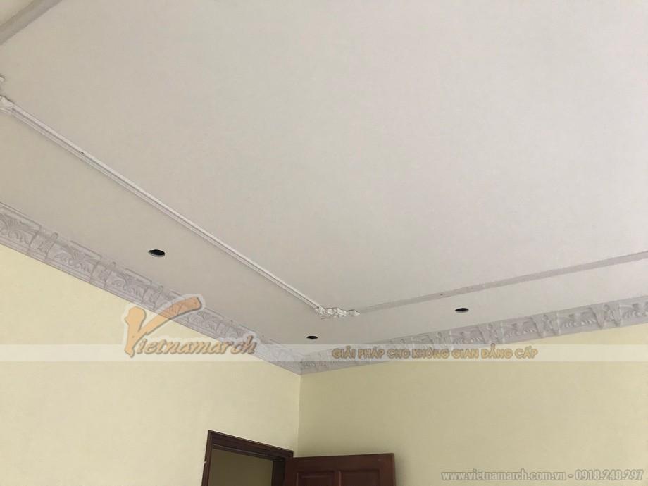 Thi công phào chỉ Composite hoạ tiết trần thạch cao cho nhà chị Chi tại Hà Nội