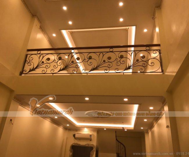 Thi công phào chỉ Comporsite hoạ tiết trần thạch cao cho nhà chị Chi tại Hà Nội