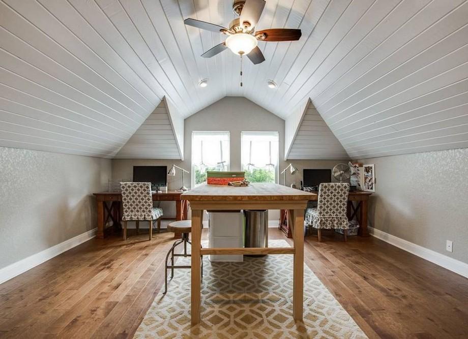 Thiết kế văn phòng nhỏ tại nhà trên gác mái ấn tượng với sơn trắng