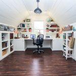 Ý tưởng thú vị không ngờ tới khi làm việc tại nhà: Biến gác xép thành văn phòng nhỏ cực xinh
