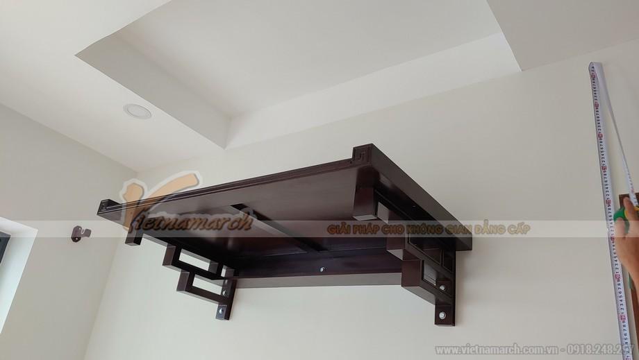 Lắp đặt và bàn giao ban thờ treo BTT02 kích thước 107×61 cho chung cư tại Sài Đồng – Long Biên