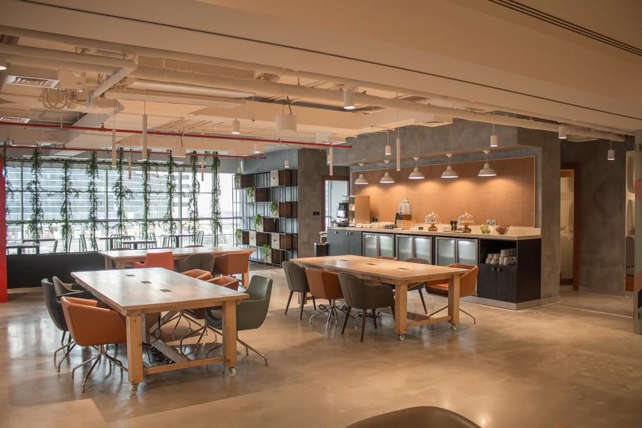Biến nhà hàng thành không gian làm việc chung