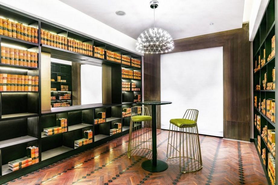 Thiết kế khu vực thư viện được tích hợp trong không gian văn phòng đẹp lộng lẫy