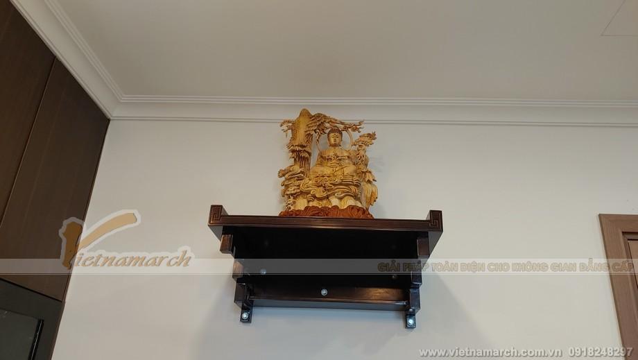 không gian thờ Phật ấm cúng mà không kém phần sang trọng, lịch lãm