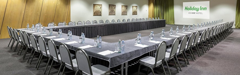 Mẫu bàn họp hội trường
