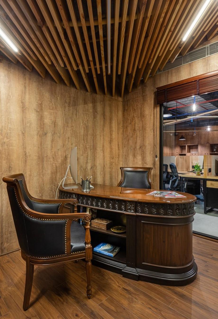 thiết kế nội thất văn phòng lấy cảm hứng từ vật liệu gỗ tự nhiên
