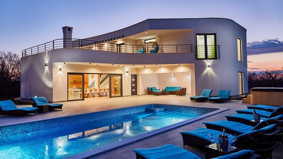 Biệt thự đẹp hiện đại kết hợp hồ bơi