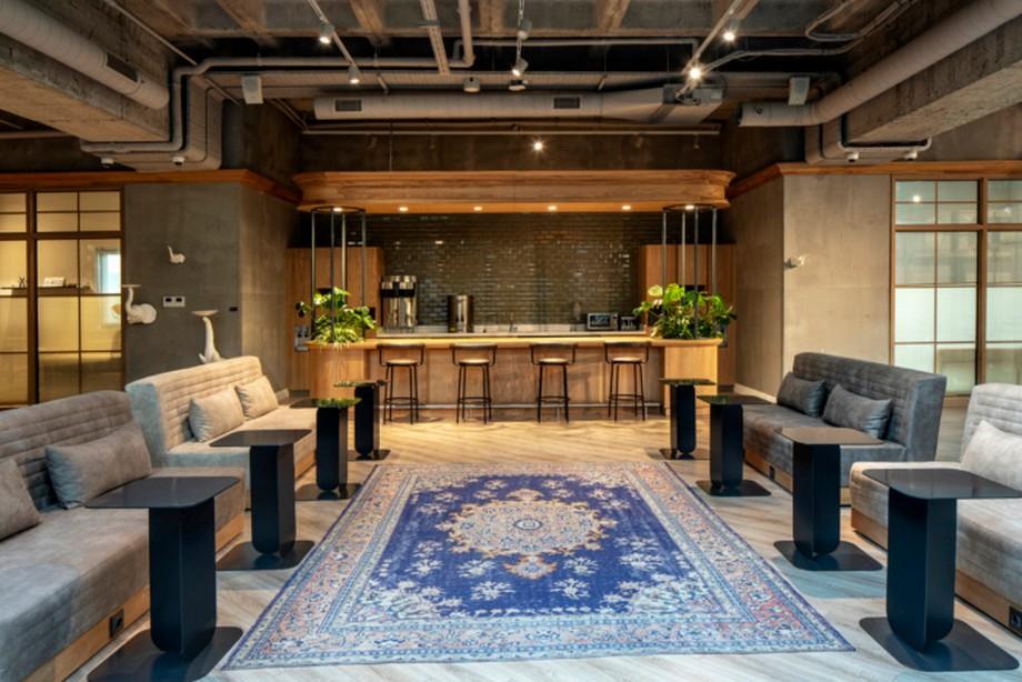 Cải tạo khách sạn thành văn phòng chia sẻ