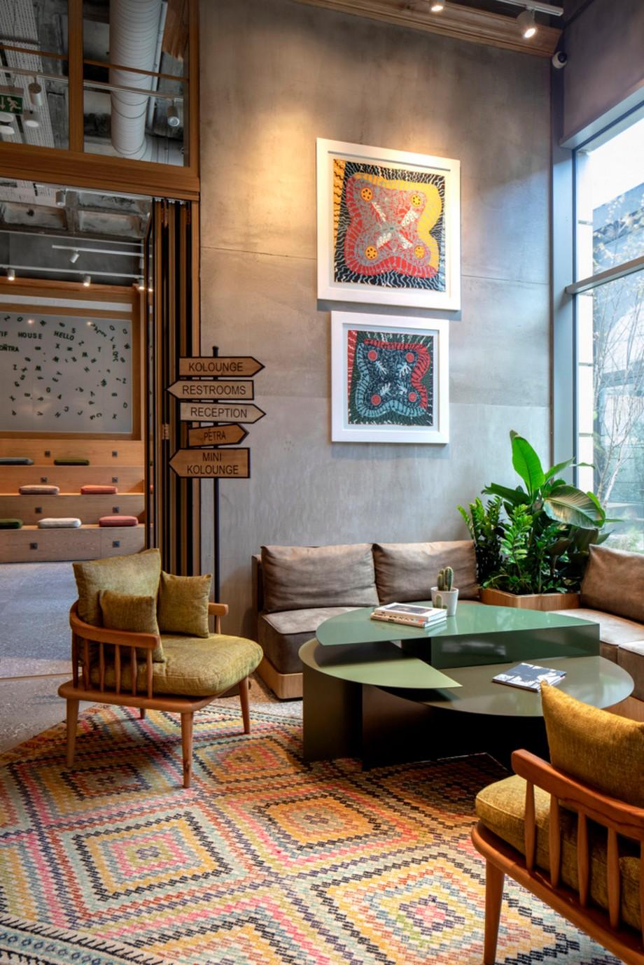 Cải tạo khách sạn thành văn phòng chia sẻ Kolektif House Coworking