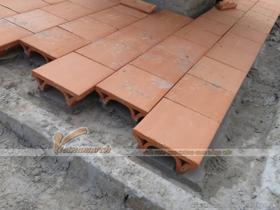 Dùng gạch chữ U chống nóng, cách nhiệt cho mái bê tông