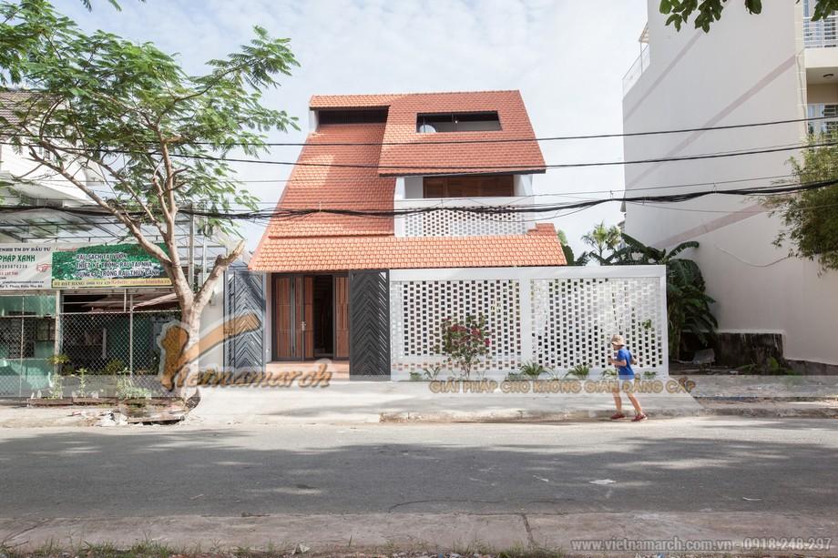 Làm nhà mái ngói chống ồn