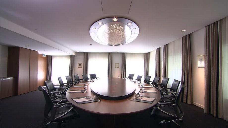 Bố trí phòng họp kiểu bàn tròn