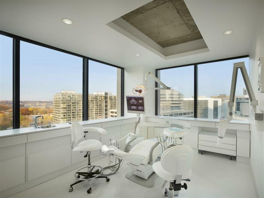 thiết kế nội thất văn phòng nha khoa 2