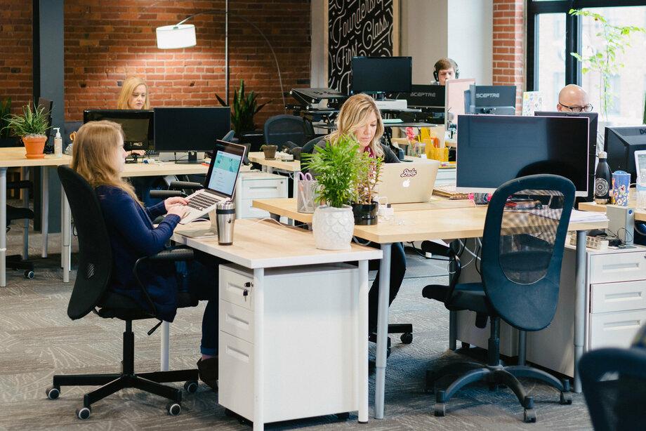 Thiết kế nội thất văn phòng nha khoa đẹp